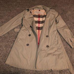 Women's Burberry Trench coat size 6
